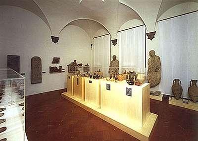 foto della collezione archeologica di Casa Buonarroti, Casa Museo di Michelangelo e la sua famiglia a Firenze