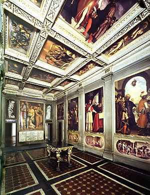 The theme of this first room, decorated between 1613 and 1635, is a eulogy of Michelangelo